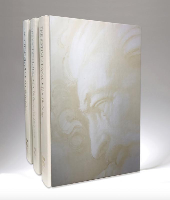 Image Copertina in Setalux® per contenere i preziosi affreschi della Cappella Sistina
